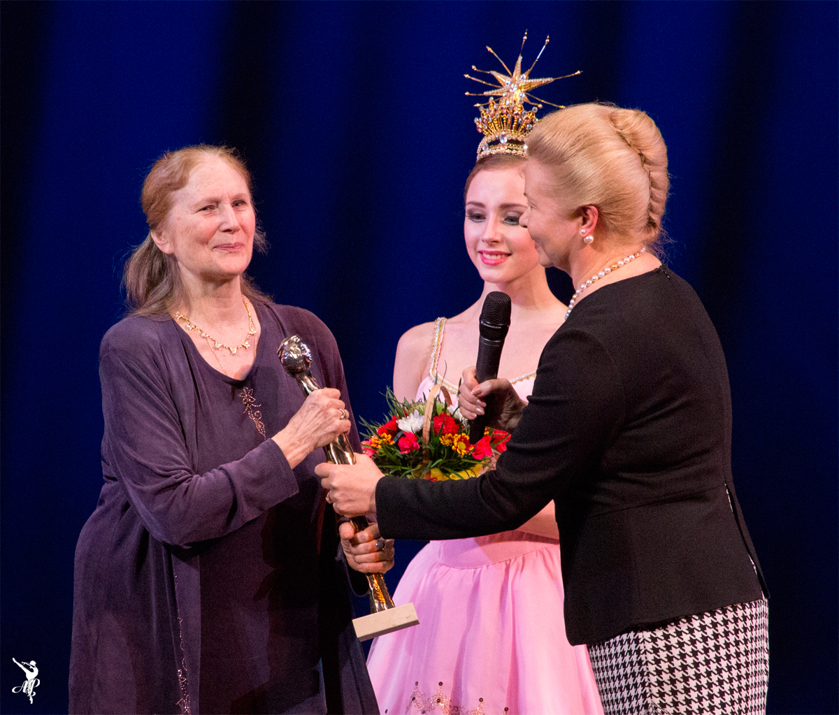 http://vaganovaacademy.ru/vaganova/news/photo/Душа%20танца%202015/Т.Удаленкова_Душа_танца_Академия_балета_1.jpg