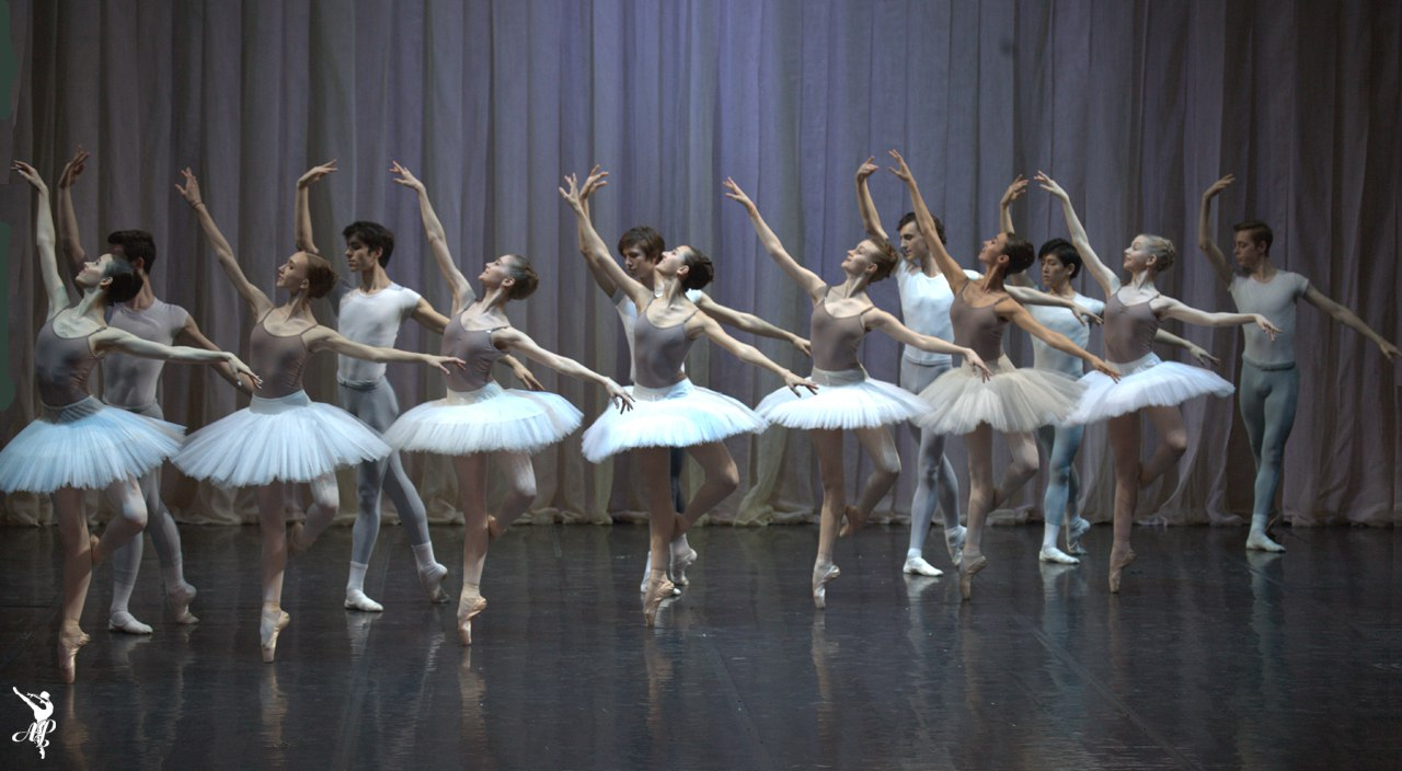 http://vaganovaacademy.ru/vaganova/news/photo/2017.05.11_Hermitage_theatre/Lavrovsky-1.jpg